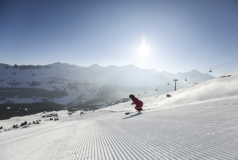 Ski resorts like Lenzerheide are only a few minutes drive from the EHL Campus Passugg
